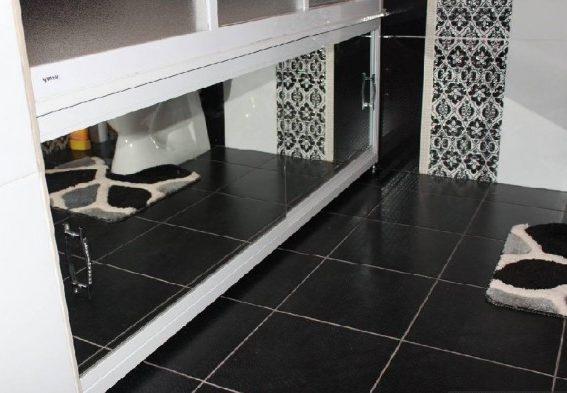 зеркальный-экран-под-ванную