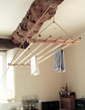 полотенца под потолком