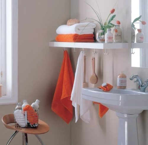 полотенца-в-ванной-комнате