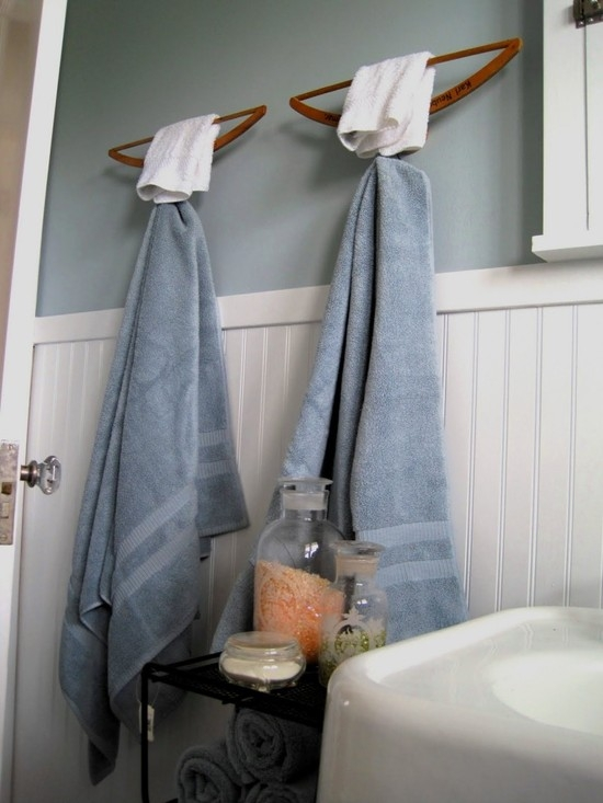 интересные-вешалки-для-полотенец-в-ванную-фото
