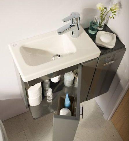 хранение-в-маленькой-ванной
