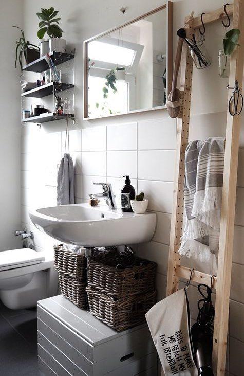 хранить под раковиной в ванной