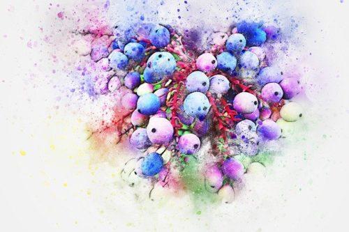 красочные-пятна-от-ягод-на-белом-рисунок