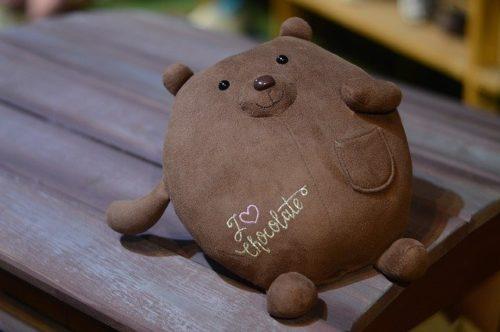 медведь любит шоколад