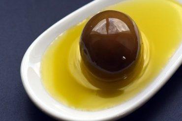 ложка-оливкового-масла