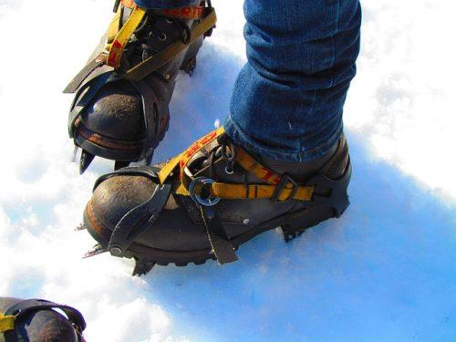 ледоступы-на-ботинки-зимой