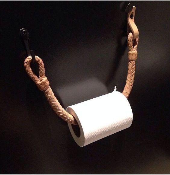 простой-держатель-в-туалет-самостоятельно