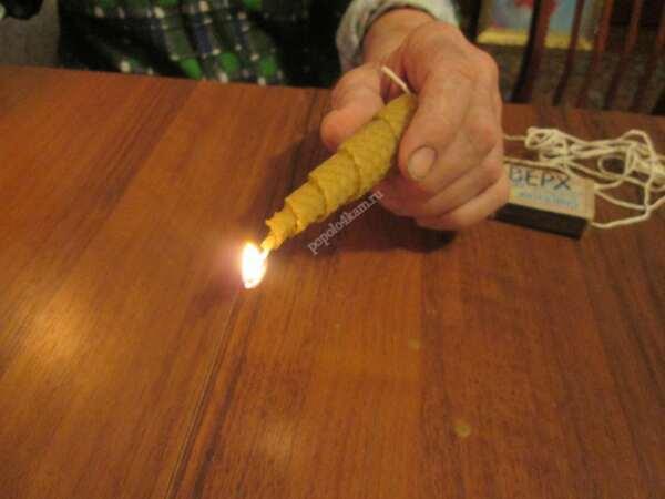 свеча-из-вощины-к-новому-году