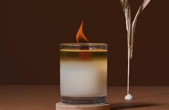 горящая-соевая-свеча